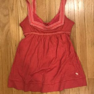 NWOT pink tank top with lace detail